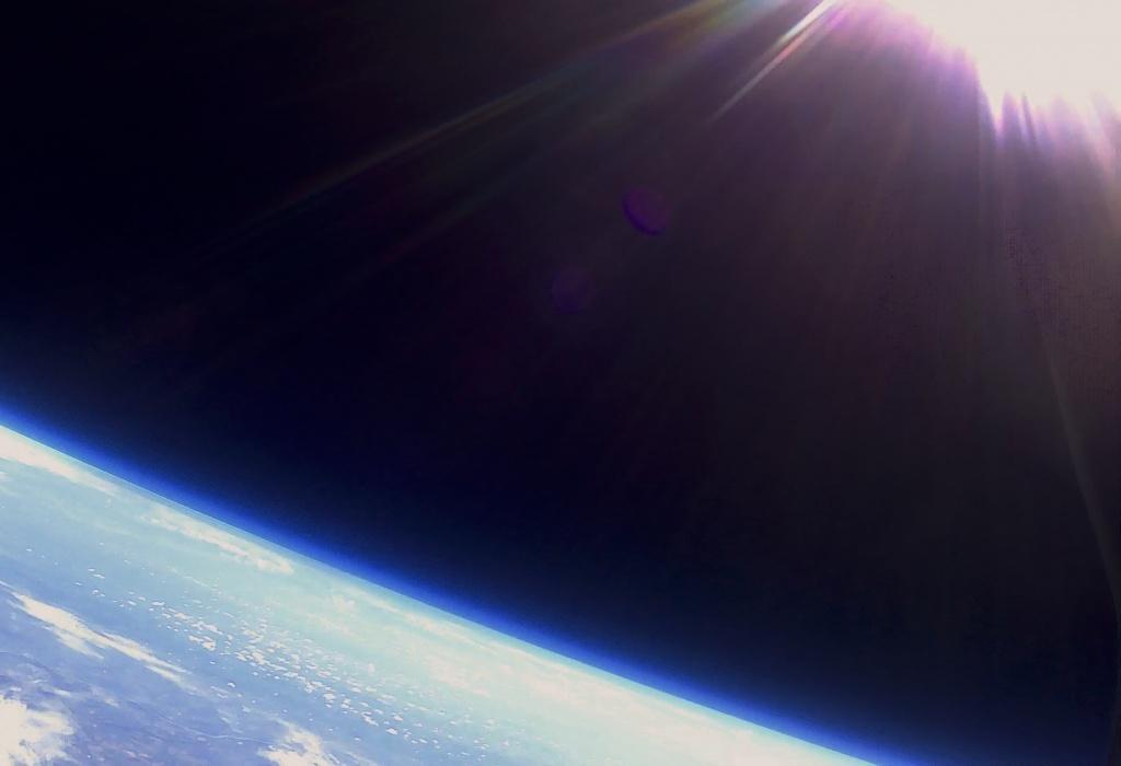 Űrbatyu Holdra szállás évfordulóján